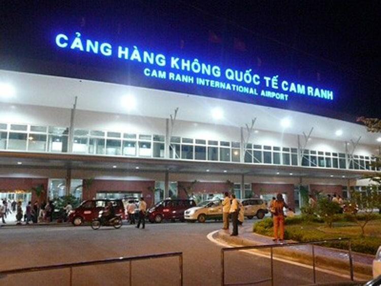 cang hang khong quoc te cam ranh