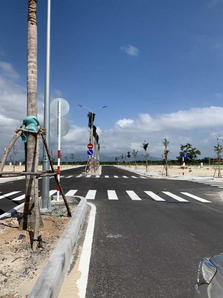 đường 20m cam ranh city gate